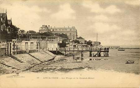 La plage et le Grand Hôtel