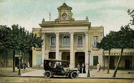 La mairie (aquaphoto)